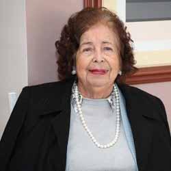 Maria Deperon comemora 90 anos!