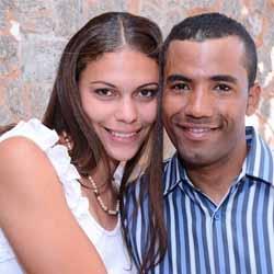 Ronaldo e Adriana se tornam marido e mulher