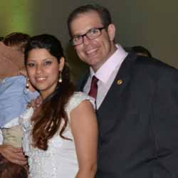 Rodolfo e Karisa se unem pelo matrimônio