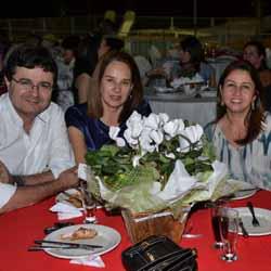 Advogados participam de jantar promovido pela OAB