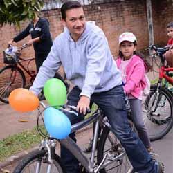 Passeio ciclístico entre pais e filhos - Dona Cota