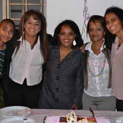 Adelma Cristina comemora mais um ano de vida