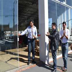 Kombat Movelaria é inaugurada em Assis