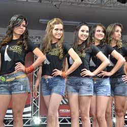 Letícia é coroada Miss Comerciária Assis 2013 - P2