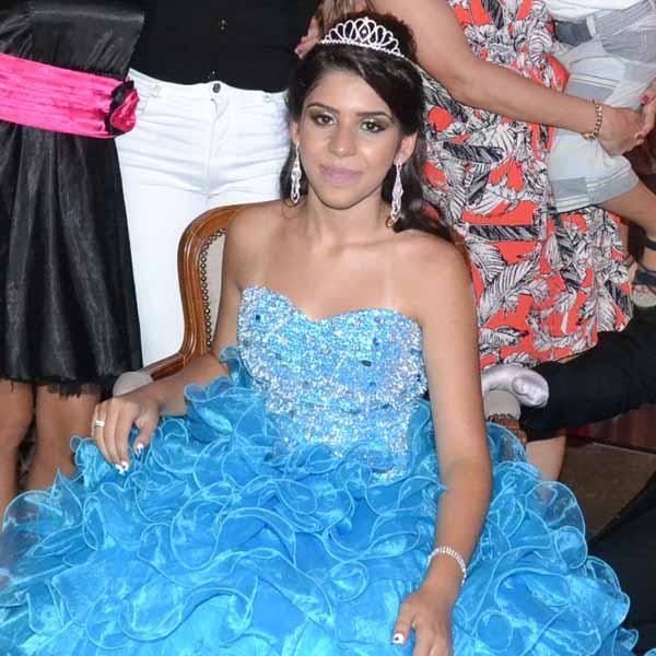Julia Grilo celebra 15 anos com festa temática