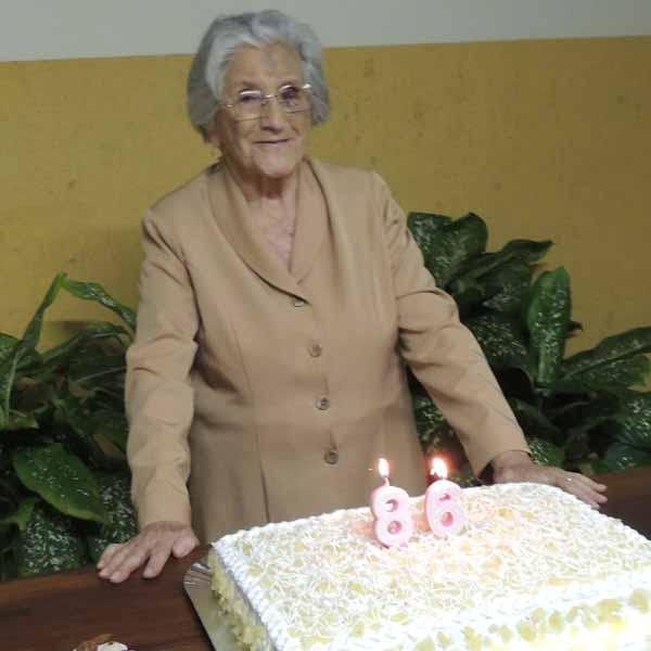 Conceição Maria de Paiva celebra seus 86 anos com festa