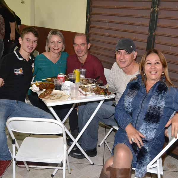 Distrito de Gardênia realiza quermesse em louvor à São Benedito
