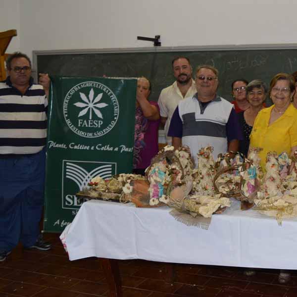 Curso de Artefatos Artesanais no Sindicato Patronal.