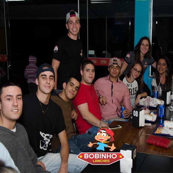 Bobinho Lanches & Sorvetes é inaugurado em Assis