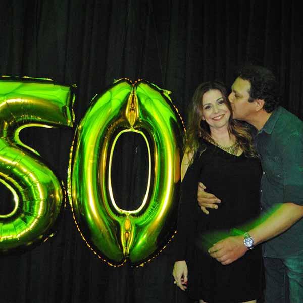 Cláudia Marcon comemora a chegada dos seus 50 anos