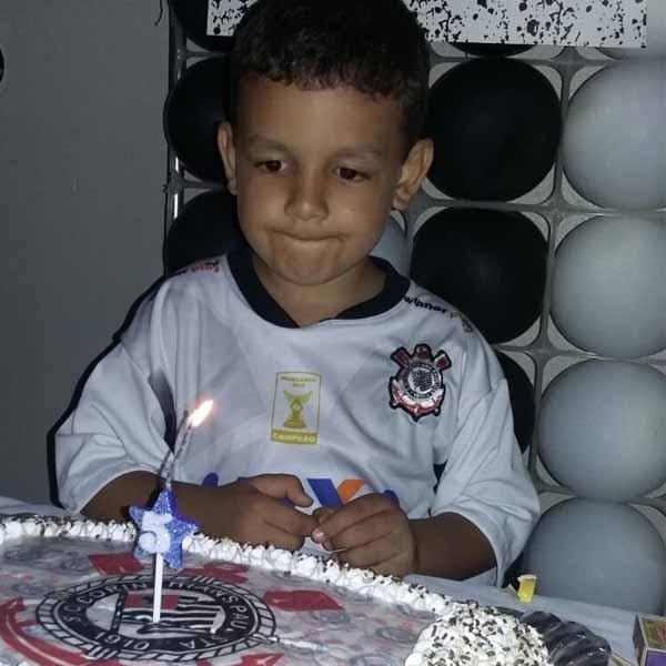 Guilherme de Mattos faz 5 aninhos e comemora com festa