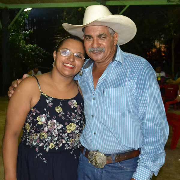 Ariele e Antonio Carlos comemoram 24 anos de União