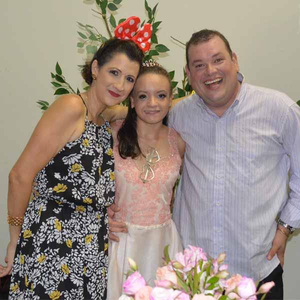 Ana Clara festeja a chegada dos seus 15 anos