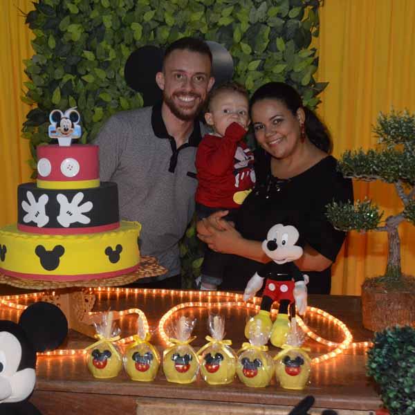 Pietro comemora o seu 1º aninho com festa do Mickey