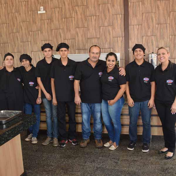 Brumado Restaurante & Churrascaria passa a ser comandado pelo casal Jean e Sandra