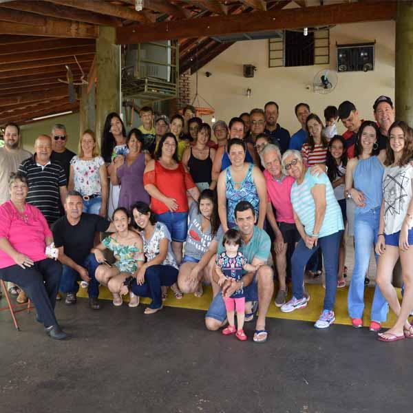 Escritório Contábil Universal reúne equipe e familiares para confraternização