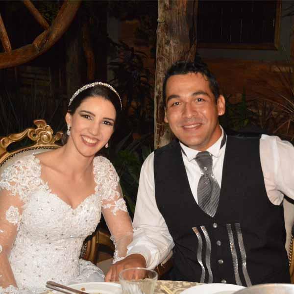 Andressa Moreira e Cosme Aparecida celebra união com festa