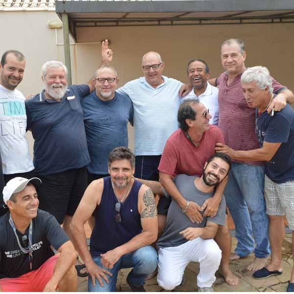 Membros da 'Las Golondrinhas' se reúnem para comemorar o Carnaval