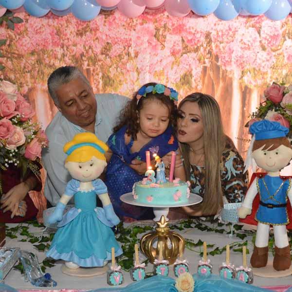 Vitória Maria comemora 3 aninhos e ganha linda festa