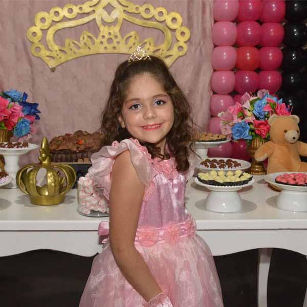 Princesa Maria Clara ganha linda festa para comemorar os seus 8 aninhos