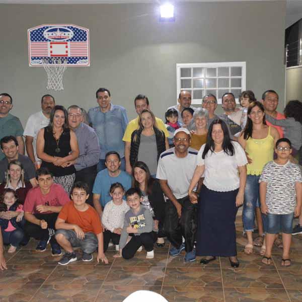 Amigos das gerações do basquete de Paraguaçu realizam confraternização