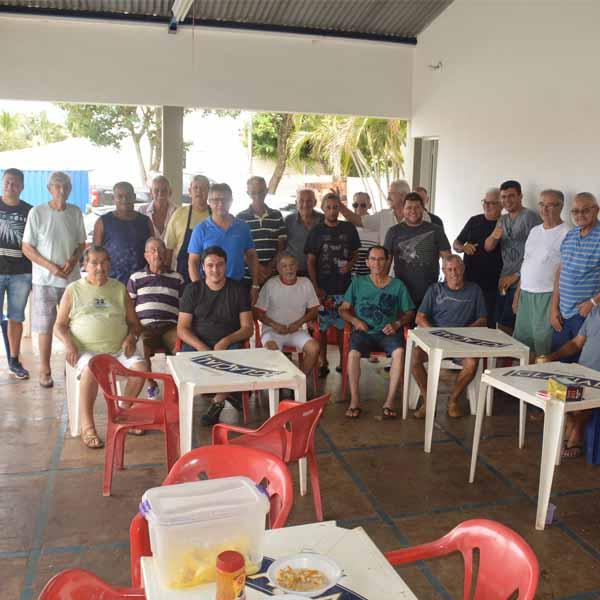 Amigos da Praça Dnª Lídia realizam a 5ª confraternização