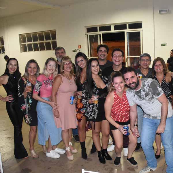 Queen Tribute Brazil lotou o Paraguaçu Tênis Clube neste sábado - P-2