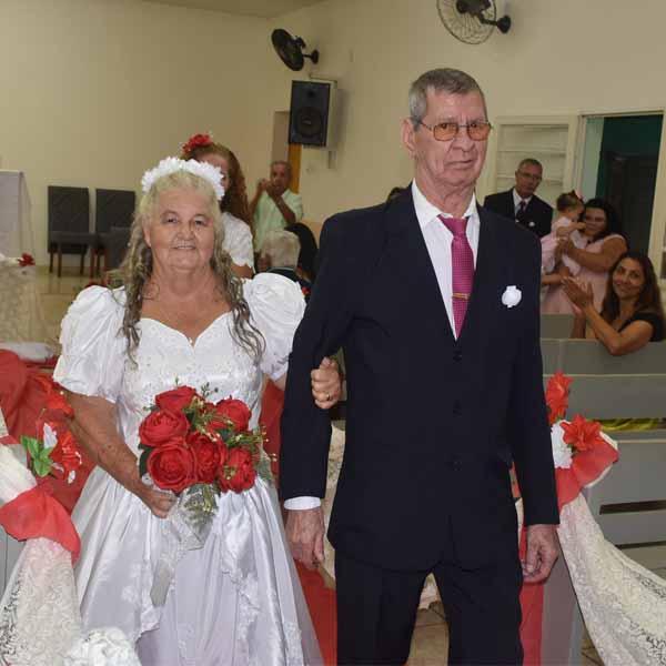 Jorge Gomes e Geralda Ferreira comemoram 50 anos de casamento