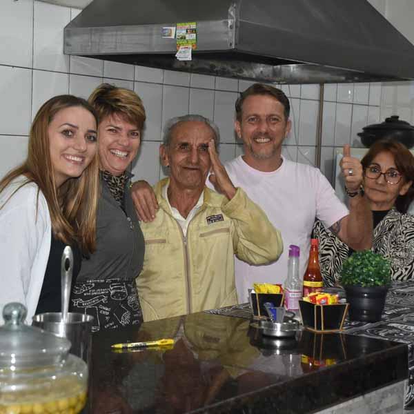 Aparecido Florêncio, Popular Cangu comemora seu aniversário com festa.