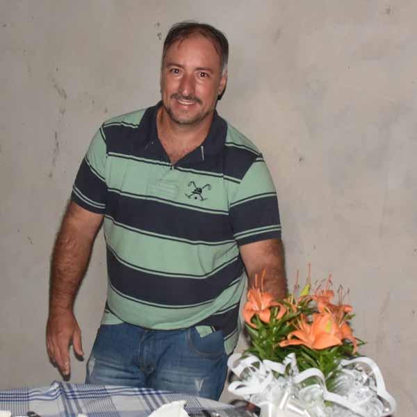 João Canevari comemorara com festa o seu aniversário