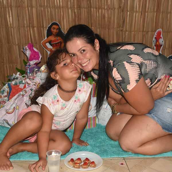 Maria Julia comemora 5 aninhos com festa