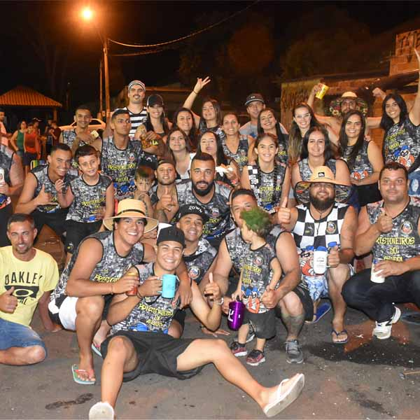 Carnaval realizado neste domingo na cidade de Quatá.