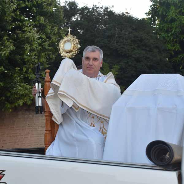 Quarta feira com o Santíssimo em Borá - P.1