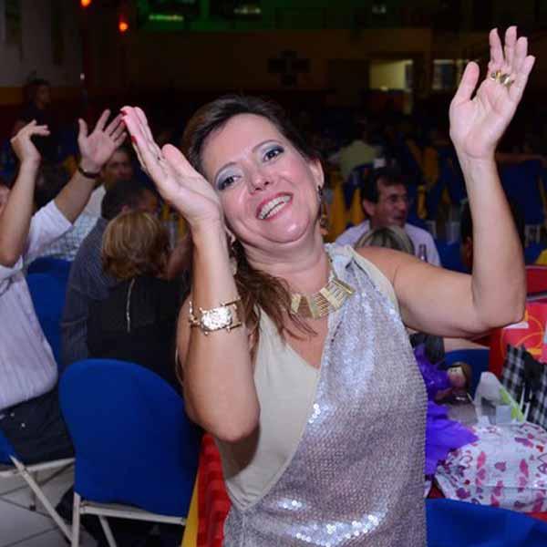 RETROSPECTIVA - 01/11/2013 - Rosiane Garrossini comemora 51 anos em grande estilo