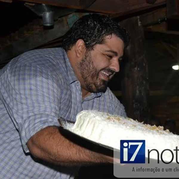 RETROSECTIVA - 18/04/2014 - João Paulo comemora seus 30 anos com festa