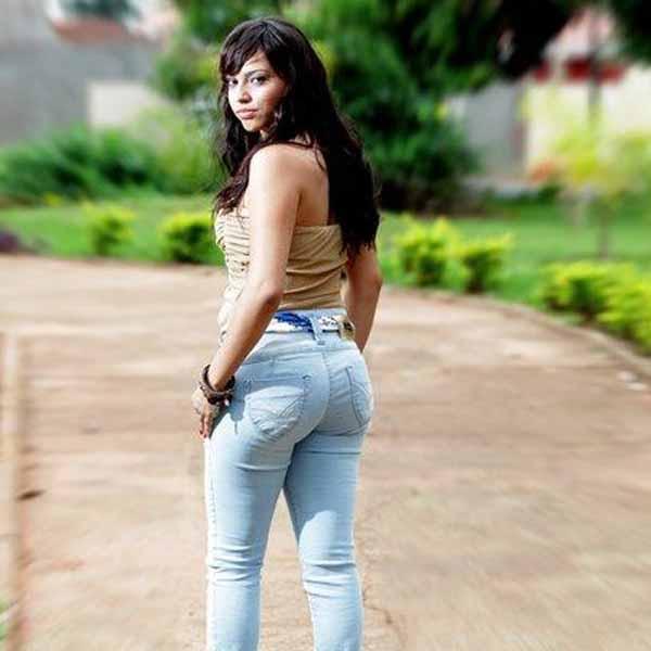 RETROSPECTIVA - 19/11/2012 - Thaís Fernanda tem sua beleza destacada em ensaio fotográfico