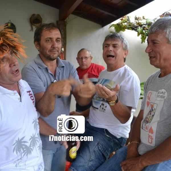 retrospectiva - 17/02/2015 - Bloco de Carnaval se reúne para churrasco