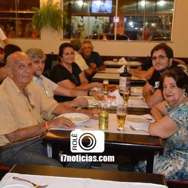 RETROSPECTIVA - 07/04/2015 - Dardanella recebe gente bonita neste final semana