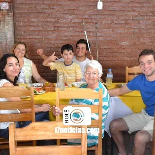 RETROSPECTIVA - 07/04/2015 - Almoço de Páscoa no Restaurante O Barracão