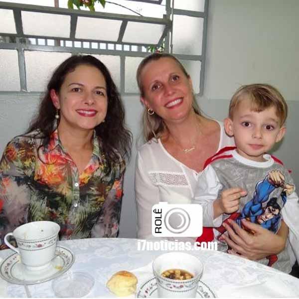 RETROSPECTIVA - 08/06/2015 - Chá da Fraternidade é sucesso