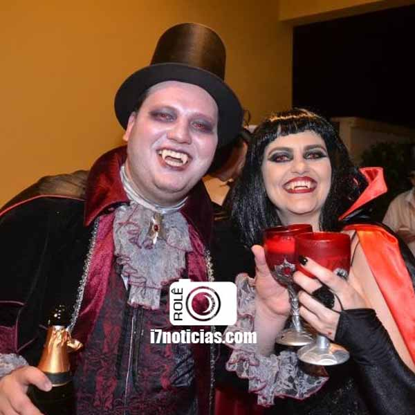 RETROSPECTIVA - 02/11/2015 - Ana e Gustavo fazem aniversário e comemoram