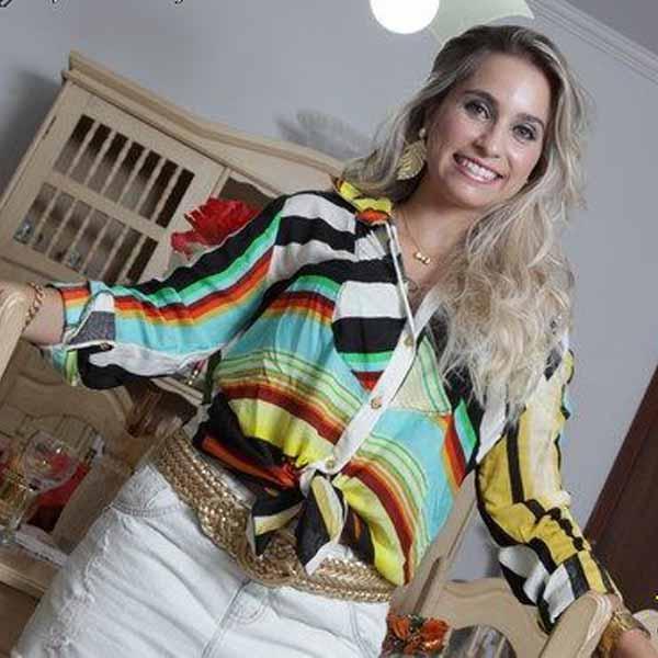 RETROSPECTIVA - 20/12/2012 - Ensaio destaca a beleza e o charme da arquiteta Mariana Prado