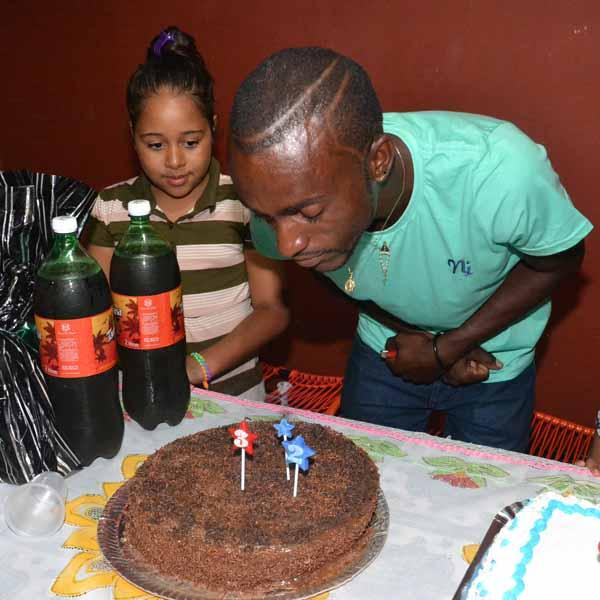 RETROSPECTIVA - 25/01/2016 - Fernando celebra seu aniversário
