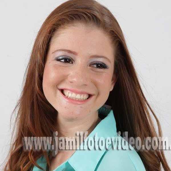 RETROSPECTIVA - 16/10/2012 - A futura nutricionista Thaís Lima mostra a beleza da mulher ruiva