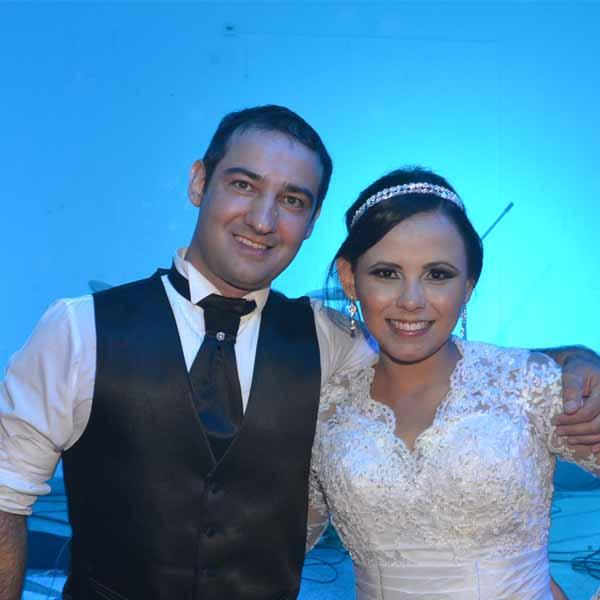 RETROSPECTIVA - 14/03/2016 - Patrícia e Marcelo celebram a união