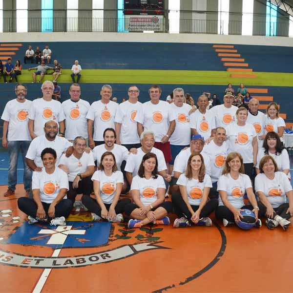RETROSPECTIVA - 28/03/2016 - Ex-atletas de Basquete se reúnem em encontro - P1