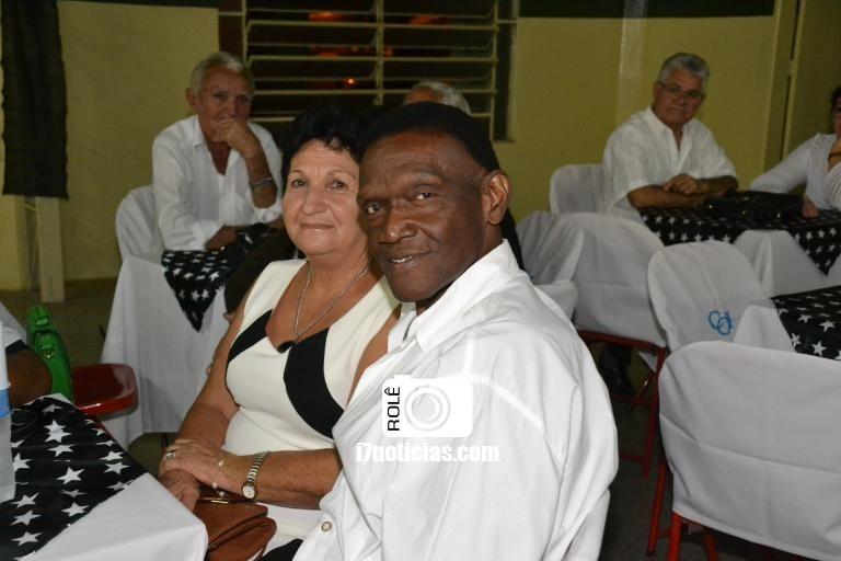 RETROSPECTIVA - 08/05/2016 - Jantar Dançante é realizado no CCI em comemoração ao Dia das Mães
