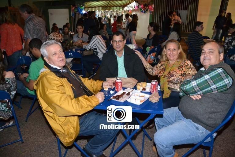 RETROSPECTIVA - 22/05/2016 - Quermesse é realizada em louvor à Santa Rita de Cássia