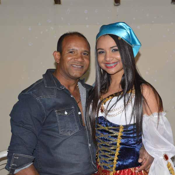 RETROSPECTIVA - 09/09/2016 - Tainá Cristina Ramos Martins comemora seus 19 anos