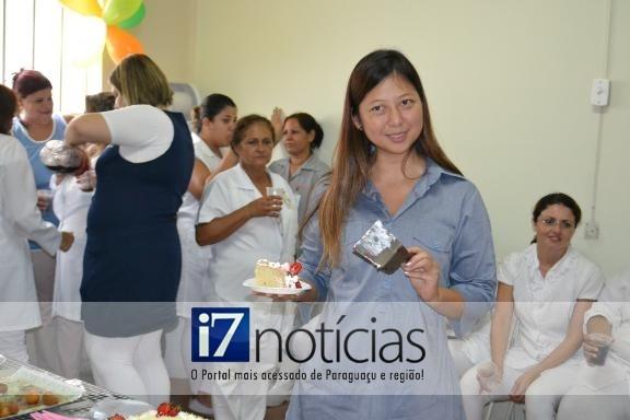 RETROSPECTIVA - 07/02/2013 - Drª Lucia ganha festa surpresa em seu aniversário